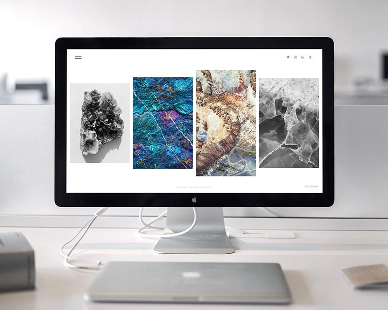 網站視覺設計華麗、色彩多樣、圖片豐富。